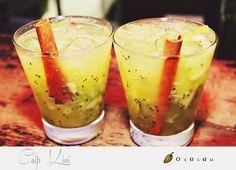 Quem bebe uma, não resiste a outras várias! #drinks #caips #trancoso #bahia #quadrado