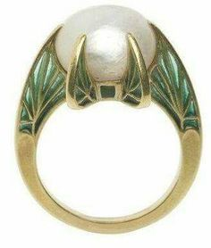 GABRIELLE'S AMAZING FANTASY CLOSET | Button Pearl and Green Enamel Ring in Yellow Gold