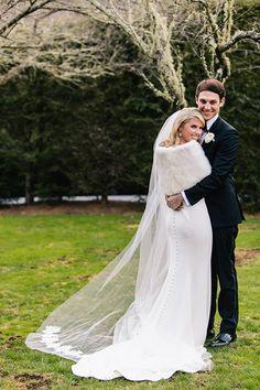Elegant Early Spring Wedding at Old Edwards Inn | Brides.com