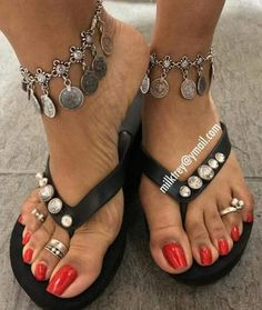 Pretty Toe Nails, Sexy Nails, Sexy Toes, Pretty Toes, Nice Nails, Red Toenails, Long Toenails, Beautiful Toes, Black Is Beautiful