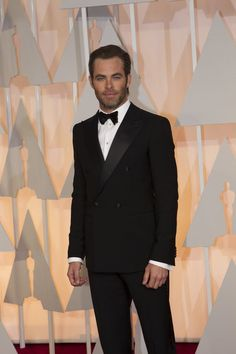 10 Best Dressed Gentlemen At The Oscars 2015 Chris Pine