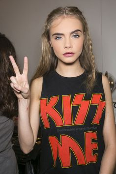 i actually really love cara's makeup here