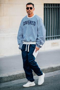See the sharpest style spotted on the streets around Paris by Jonathan Daniel Pryce at Menswear Week Spring/Summer 2018.