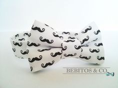Boys Bow Tie, Black and White Mustache Bow Tie , Preppy Bow Tie, Bowties, Boy's bow tie