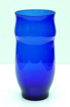 Cobolt blue vase design Chris Lanooy 1918 executed by Leerdam / Holland