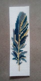 Discover recipes, home ideas, style inspiration and other ideas to try. Cross Stitch Bookmarks, Cross Stitch Borders, Cross Stitch Art, Cross Stitch Designs, Cross Stitching, Cross Stitch Embroidery, Cross Stitch Patterns, Bead Loom Patterns, Beading Patterns