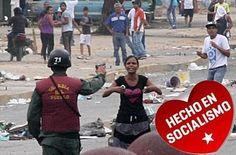 We urge the whole wide free world not to buy oil from the puppet communist regime of Venezuela.  Le pedimos a todo el mundo libre que no le compre petróleo el régimen títere comunista de Venezuela. #Venezuela libre del atroz castro comunismo chavista   Reblog