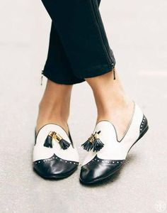 "MANNISH MOOD: HOW TO WEAR THE MASCULINE TREND - Two-Tone ""spectator"" style loafers by Tory Burch. Image: www.breakfastwithaudrey.com.au"