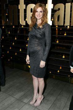 Sarah Rafferty of Suits Donna Suits, Suits Tv Series, Donna Paulsen, Sarah Gray, Sarah Rafferty, Redhead Girl, Beautiful Indian Actress, Girly Girl, Indian Actresses