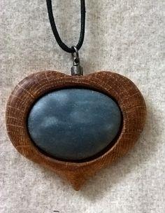 Puunappi: Tammikoru luonnonkivellä Pendant Necklace, Jewelry, Jewlery, Jewels, Jewerly, Jewelery, Drop Necklace, Accessories