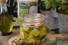branza telemea marinata Pickles, Cucumber, Mason Jars, Food And Drink, Cow, Canning, Pickling, Cauliflowers, Zucchini