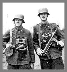 Two Hungarian NCO's from the historic city of Eger show off their readiness to do battle with the other side. Summer of 1942 by the Don. Eastern Front Ww2, Ww2 Photos, World War Two, Wwii, Vintage Photos, Army, Europe, History, Germany