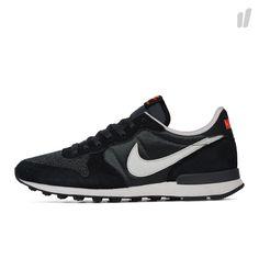 Nike Internationalist - http://www.overkillshop.com/en/product_info/info/14044/