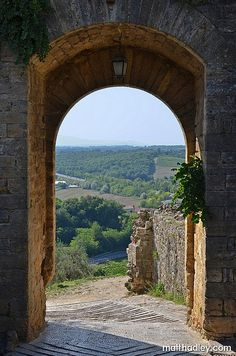 West gate of Monteriggioni, Italy