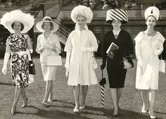 don Race Day duds Melbourne Cup Fashions on the Field) Mode Vintage, Vintage Shops, Vintage Ladies, Melbourne Cup Fashion, Vintage Outfits, Vintage Fashion, 1960s Fashion, Vintage Dresses, Spring Racing Carnival