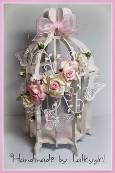 A birdcage I have altered using cheery lynn dies,mulberry crafts flowers and acrylic paint .distressed with TH distress ink the birdcage kit is from candy box crafts Bird Cage Centerpiece, Floral Centerpieces, Floral Arrangements, Shabby Chic Crafts, Vintage Shabby Chic, Shabby Chic Decor, Garden Wedding Decorations, Shabby Flowers, Bird Cages