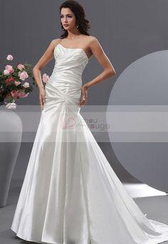 2eb90f4bd34 Robe de mariée en taffetas plissé bustier bateau avec zip au dos embelli de  boutons A-line - robe de mariée - Chouchourouge. chouchourouge robe de  soirée