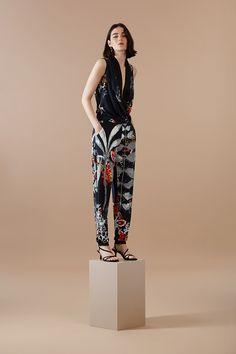 0aa8e70177 LONG JUMPSUIT JUNGLA EN LA CIUDAD DESIGNED BY M. CHRISTIAN LACROIX. This  long sleeveless