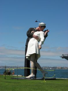 Unconditional Surrender Statue - San Diego, CA