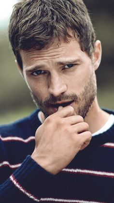 "lookens: ""Jamie Dornan lockscreens • Screenshot the lockscreens • """