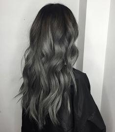 Pretty Hair Color, Beautiful Hair Color, Gorgeous Makeup, Ash Grey Hair, Dark Grey Hair Color, White Hair, Wig Hairstyles, Korean Hairstyles, Korean Men Hairstyle