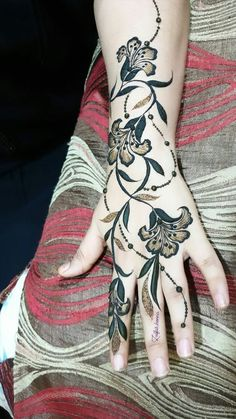 Mhndi Design, Khafif Mehndi Design, Back Hand Mehndi Designs, Stylish Mehndi Designs, Mehndi Design Pictures, Beautiful Henna Designs, Mehndi Images, Latest Henna Designs, Best Mehndi Designs