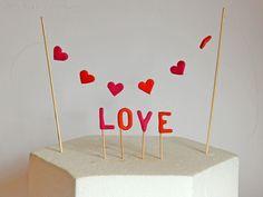 Love Herz Cupcake Muffin Topper und Tortendeko - Valentinstag Cupcake Muffin, Cupcakes, Muffins, Home Decor, Valentines, Heart, Amor, Homemade Home Decor, Cupcake