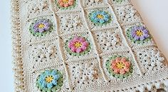 [Free Pattern] Spring Flowers Granny Square