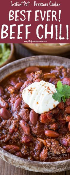 BEST Instant Pot Chili!! My recipe has been tested & tweaked to create a delicious pressure cooker ground beef chili recipe you'll LOVE! It's gluten free. Electric Pressure cooker recipe for ground beef chili, Texas style Chili con carne