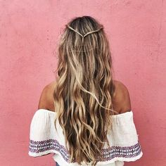 For real beach babes: 3 quick summer hairstyles for the beach - Trendfrisuren // Haare // Beauty - Mod's Hair, Hair Day, New Hair, Easy Hairstyles For Long Hair, Summer Hairstyles, Pretty Hairstyles, Hairstyle Ideas, Wedding Hairstyles, Wavy Hairstyles