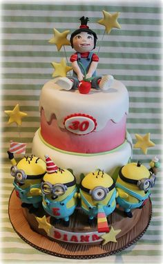 Party's Minion - by Sabrinup @ CakesDecor.com - cake decorating website #Minion #party #cake