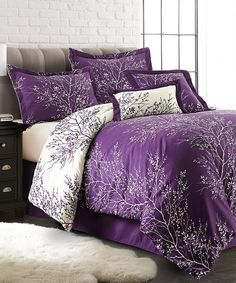 Darik would never go for purple but I love this idea for the guest bedroom! Look what I found on Purple & Ivory Foliage Six-Piece Comforter Set Purple Comforter, Comforter Sets, Ivory Bedding, Comforters Bed, Lavender Bedding, Linen Comforter, Bed Linens, Purple Home, Decorating Rooms