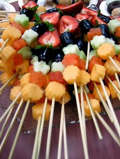 DIY | 5 Party Fruit Skewer Variations