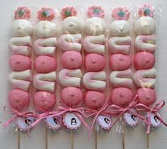BROCHETAS ROSAS Candy Bar Decoracion, Sweet Trees, 10th Birthday Parties, Beautiful Baby Shower, Marshmallow Pops, Party Time, Eye Candy, Decoration, Candyland