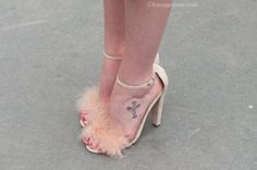 Pink Pumps | Paris Fashion Week Shoes http://www.lenuagerose.com/2014/01/street-style-from-pfw-ss-2014-shoes/