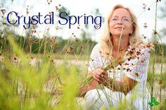 Ser facial Crystal Spring  Este un ser pentru orice tip de ten care are nevoie de o hidratare profunda, de durata si absolut 100% naturala.  Crystal Spring hidrateaza, protejeaza si reface functiile deficitare ale pielii (elastina si colagenul)  Deoarece acopera toate ariile de hidratare, putem spune ca este calea cea mai sigura spre un ten sanatos. www.lorinlab.com Crystal Springs, Crystals, Crystal, Crystals Minerals