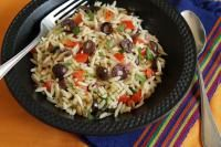 Orzo Salad with Corn, Tomatoes and Basil: The perfect go-to salad for a warm weather gathering. Easy and delicious. #TrueLoveYourFood | TrueLemon.com