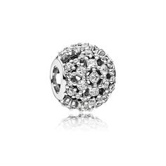 (12.25.17) mommom and Dad -/ Pandora Snow Flurry Charm  - With a delicate, shimmering lattice structure, this sterling silver charm captures the fleeting wonder of ice crystals thanks to its abstract shapes, frosty clear stones and openwork details.