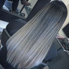 50 SHADES OF SILVER Products: #morocanoil @moroccanoil #amika @love_amika #wella @wellahair #uniqone @uniqonerevlon #ombrehair #greyhair #greyombre #greyombrehair #grey #darktolight #balayage #greybalayage #greyombrebalayage #hairbydrake