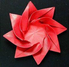 Origami Rote Blüte