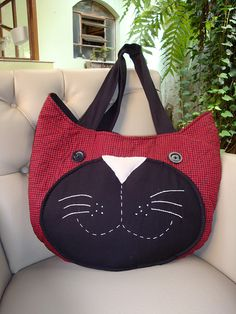 Bolsa de Gato black cat smiling face on red purse cat purse  sewing cat purse bag February 2015