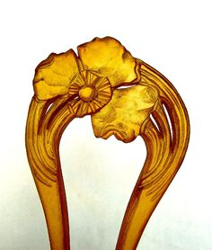 Art Nouveau Hair Comb Carved and Clarified Horn Flower Design Hair Accessory