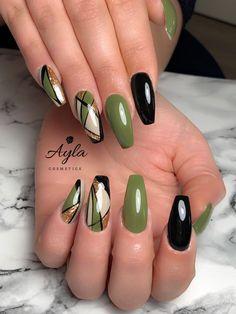 Nail Arts Fashion Designs Colors and Style Stylish Nails, Trendy Nails, Cute Nails, Green Nail Art, Green Nails, Diy Your Nails, Nagellack Design, Holographic Nails, Beautiful Nail Art