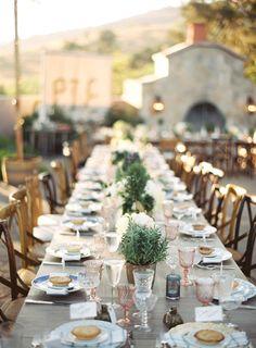 French garden inspired wedding | Southern California wedding | Photo by Braedon Flynn | Read more - http://www.100layercake.com/blog/?p=67357