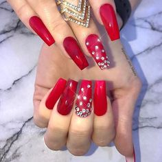 52 Unusual Acrylic Nail Designs Ideas 52 Unusual Acrylic Nail Designs IdeasWith such a wide variety of nail colors, it's tough to choose the one which would suit you. Glam Nails, Classy Nails, Cute Nails, Pretty Nails, Pretty Makeup, Ongles Bling Bling, Bling Nails, Nail Art Designs, Acrylic Nail Designs
