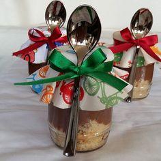 Bolo de Pote Padrão (Bolo de Cookie com Brigadeiro )  #bolodepote #bolonopote #cakepot @donamanteiga #donamanteiga #danusapenna #bolos&delicias www.donamanteiga.com.br