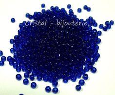 th11-8.  15 gramos rocalla 11/0 TOHO transparente cobalt  2 - 2,2  mm. de Cristalbijouterie en Etsy