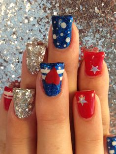 4th of July nail art. Red white and blue