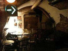 paris-insolite-bars