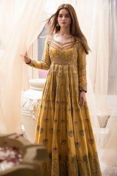 Shadi Dresses, Indian Gowns Dresses, Indian Fashion Dresses, Dress Indian Style, Indian Designer Outfits, Pakistani Fashion Party Wear, Pakistani Wedding Outfits, Pakistani Dresses Casual, Pakistani Dress Design